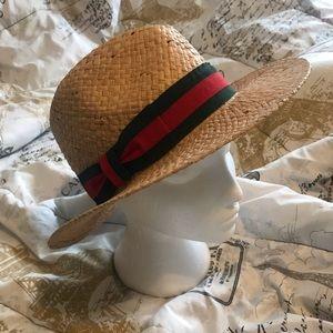 Designer straw hat in Gucci colors.